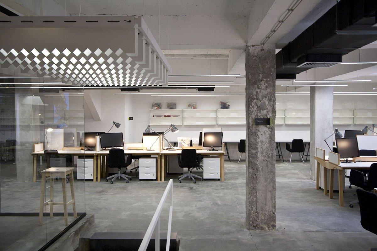 50eedb9bb3fc4b29ee00007c_nova-iskra-design-incubator-in-belgrade-studio-petokraka_nova_iskra_designers_lab_-photo_by_relja_ivani-